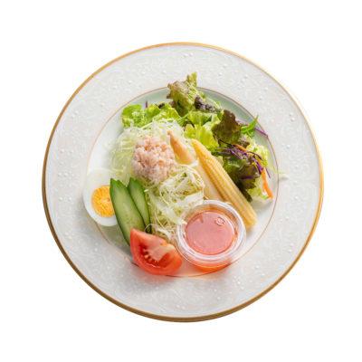 紅ずわい蟹のサラダを自家製ドレッシングで